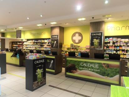 The´a^tralisation Caudalie pharmacie Rosny II par Fil Rouge